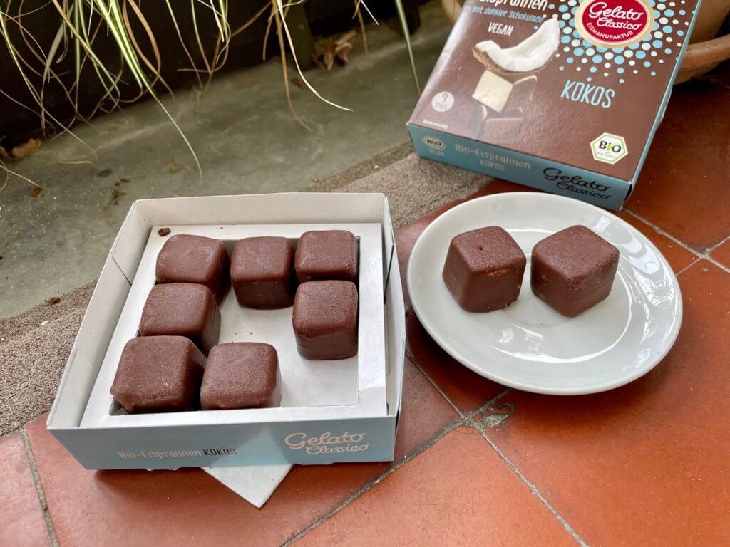 Gelato-Classico-Bio-Eispralinen-Kokos